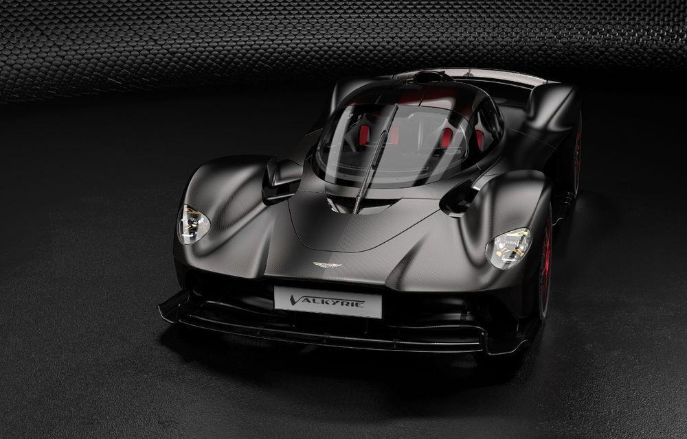 Aston Martin Valkyrie va primi o versiune AMR Track Performance: pachet aerodinamic nou, frâne din titan și suspensii pentru circuit - Poza 1