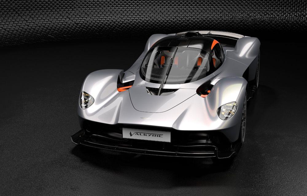 Aston Martin Valkyrie va primi o versiune AMR Track Performance: pachet aerodinamic nou, frâne din titan și suspensii pentru circuit - Poza 8
