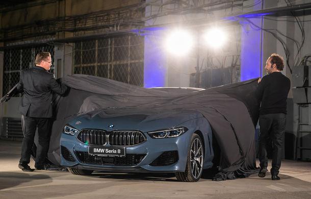 """Prezentare de gală în România pentru noul BMW Seria 8: """"Marșul BMW"""" din 1930, interpretat la evenimentul de la Uzinele Electrice Filaret - Poza 8"""