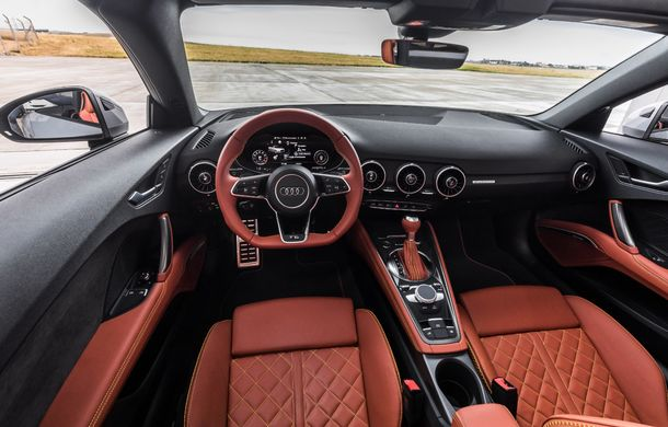 Audi TT 20th Anniversary: ediție specială pregătită în cinstea modelului german - Poza 11
