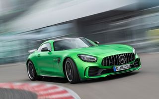 Mercedes-AMG GT facelift este disponibil și în România: start de la 120.000 de euro