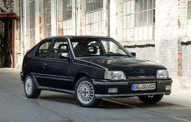 Trecut și viitor: de la lumânări la Matrix cu LED. O vizită în istoria farurilor Opel - Poza 24