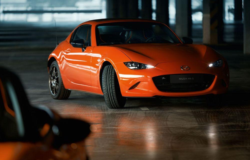Mazda a prezentat MX-5 30th Anniversary: ediția specială pregătită în cinstea celui mai popular roadster va fi disponibilă în 3.000 de unități - Poza 3