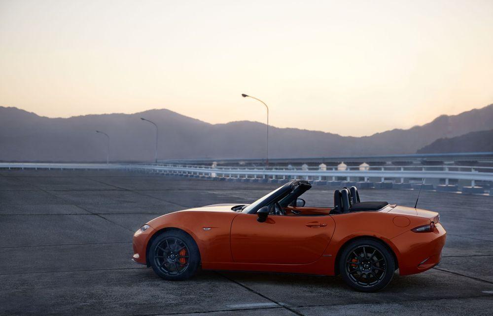 Mazda a prezentat MX-5 30th Anniversary: ediția specială pregătită în cinstea celui mai popular roadster va fi disponibilă în 3.000 de unități - Poza 7
