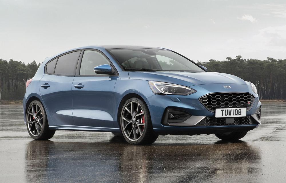 Noua generație Ford Focus ST este aici: Hot Hatch-ul primește un motor pe benzină EcoBoost de 2.3 litri și 280 de cai putere - Poza 1