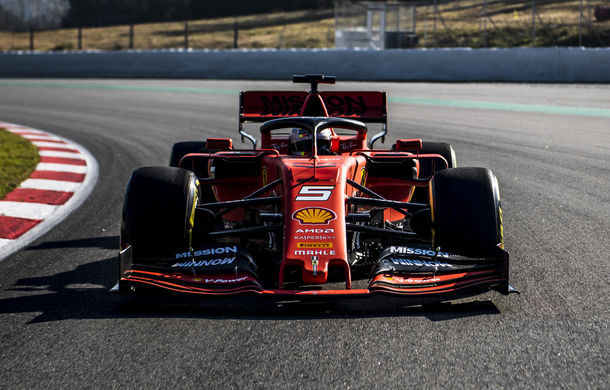 Au început testele de Formula 1 de la Barcelona: Vettel, cel mai rapid în prima dimineață - Poza 1