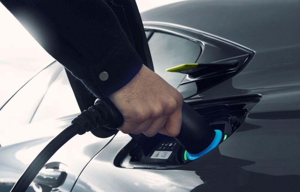 Peugeot prezintă conceptul 508 Sport Engineered: tracțiune integrală, autonomie de 50 km în modul electric și accelerație 0-100 km/h în 4.3 secunde: debut la Geneva - Poza 40