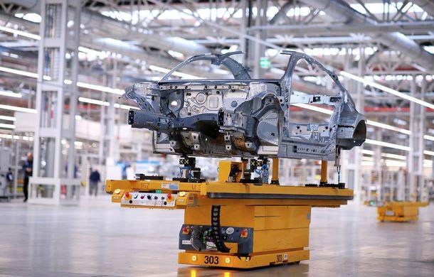 Mercedes-Benz a demarat producția noii generații CLA: modelul compact este asamblat în cadrul fabricii din Kecskemét, Ungaria - Poza 2