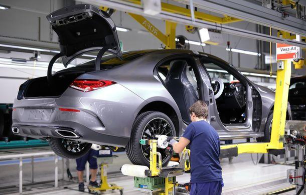 Mercedes-Benz a demarat producția noii generații CLA: modelul compact este asamblat în cadrul fabricii din Kecskemét, Ungaria - Poza 7