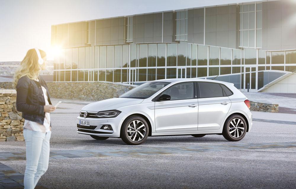 Volkswagen recheamă în service 1.600 de unități Polo în România: posibil defect la frâna de mână - Poza 1