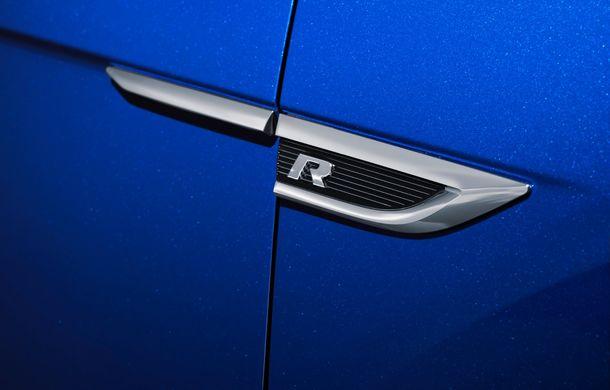 Volkswagen a prezentat noul T-Roc R: motor TSI de 2.0 litri cu 300 CP și 400 Nm, tracțiune integrală și 0-100 km/h în 4.9 secunde: debut la Geneva - Poza 26