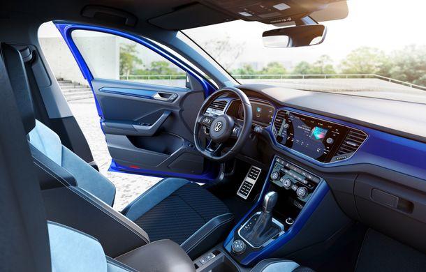 Volkswagen a prezentat noul T-Roc R: motor TSI de 2.0 litri cu 300 CP și 400 Nm, tracțiune integrală și 0-100 km/h în 4.9 secunde: debut la Geneva - Poza 10