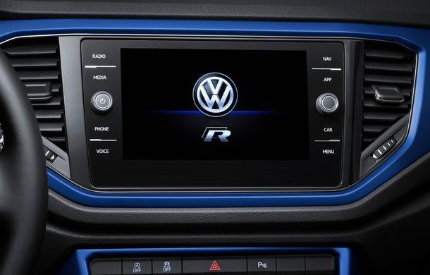 Volkswagen a prezentat noul T-Roc R: motor TSI de 2.0 litri cu 300 CP și 400 Nm, tracțiune integrală și 0-100 km/h în 4.9 secunde: debut la Geneva - Poza 29