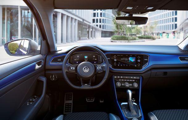 Volkswagen a prezentat noul T-Roc R: motor TSI de 2.0 litri cu 300 CP și 400 Nm, tracțiune integrală și 0-100 km/h în 4.9 secunde: debut la Geneva - Poza 8