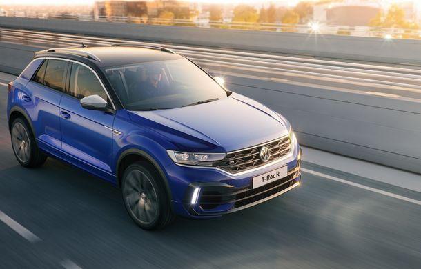 Volkswagen a prezentat noul T-Roc R: motor TSI de 2.0 litri cu 300 CP și 400 Nm, tracțiune integrală și 0-100 km/h în 4.9 secunde: debut la Geneva - Poza 4