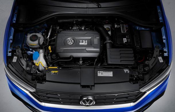 Volkswagen a prezentat noul T-Roc R: motor TSI de 2.0 litri cu 300 CP și 400 Nm, tracțiune integrală și 0-100 km/h în 4.9 secunde: debut la Geneva - Poza 27