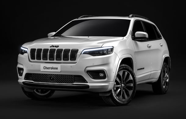 Fiat-Chrysler modernizează 5 fabrici pentru producția noilor modele Jeep: investiții totale de 4.5 miliarde de dolari: versiuni electrice și hibride până în 2021 - Poza 1