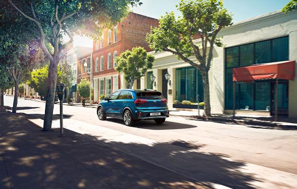 Facelift pentru Kia Niro hibrid și Niro PHEV: modificări minore de design, sistem de infotainment cu ecran de 10.25 inch și pachet generos de tehnologii de siguranță - Poza 4