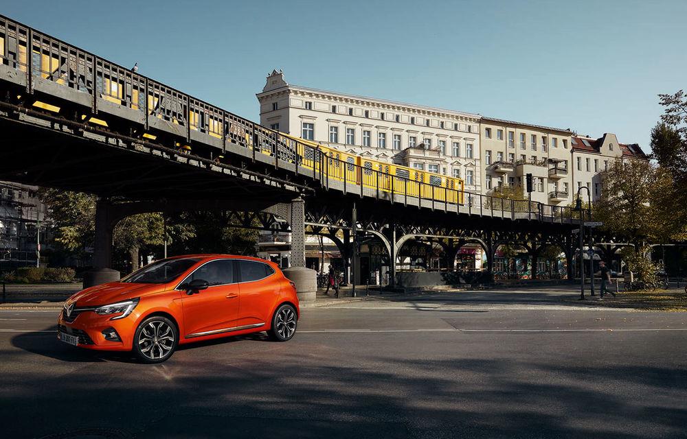Am văzut pe viu noul Renault Clio: cinci lucruri pe care trebuie să le știi despre noul model francez - Poza 22