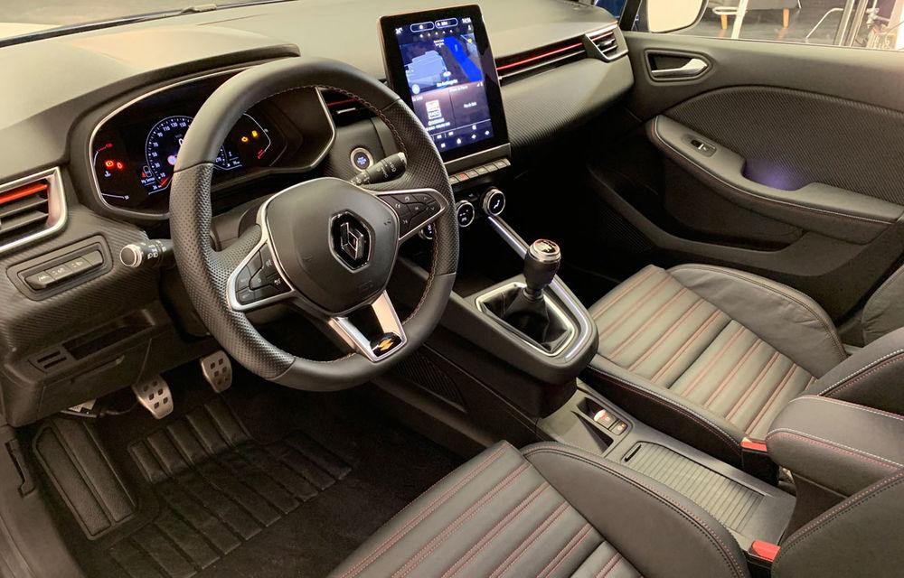Am văzut pe viu noul Renault Clio: cinci lucruri pe care trebuie să le știi despre noul model francez - Poza 13