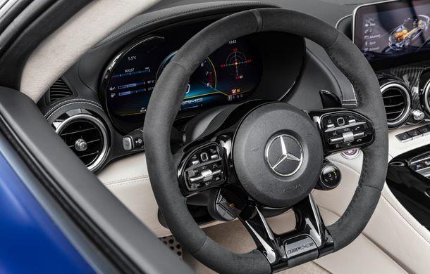 Mercedes-AMG a prezentat noul AMG GT R Roadster: 585 de cai putere și 3.6 secunde pentru sprintul de la 0 la 100 km/h - Poza 21