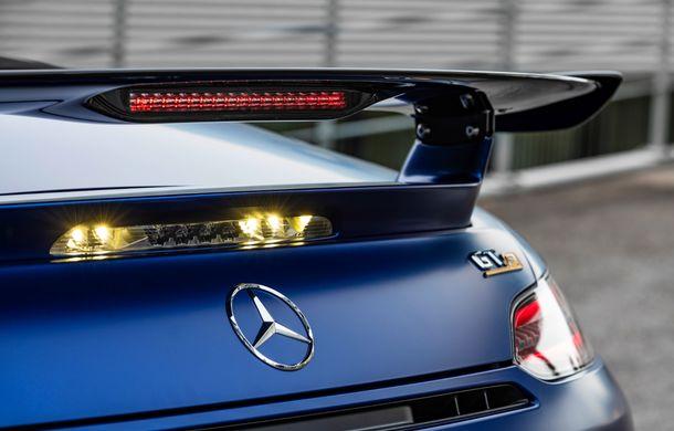 Mercedes-AMG a prezentat noul AMG GT R Roadster: 585 de cai putere și 3.6 secunde pentru sprintul de la 0 la 100 km/h - Poza 12
