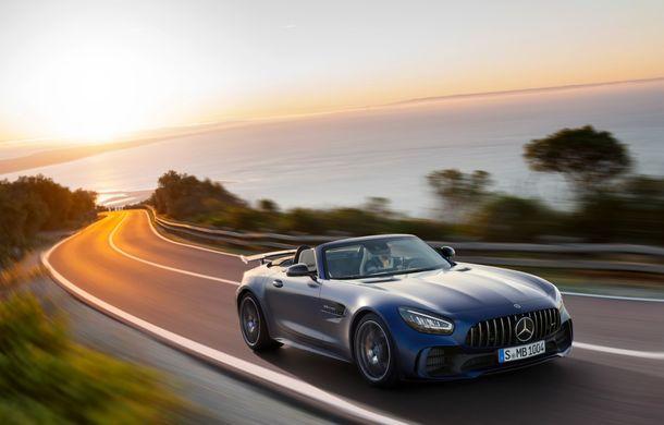 Mercedes-AMG a prezentat noul AMG GT R Roadster: 585 de cai putere și 3.6 secunde pentru sprintul de la 0 la 100 km/h - Poza 2