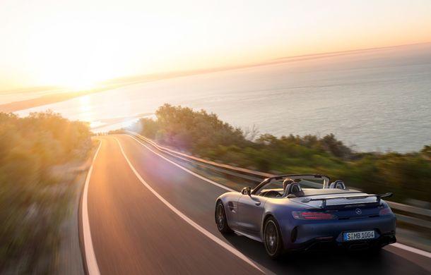 Mercedes-AMG a prezentat noul AMG GT R Roadster: 585 de cai putere și 3.6 secunde pentru sprintul de la 0 la 100 km/h - Poza 4