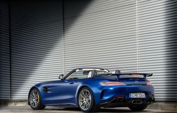 Mercedes-AMG a prezentat noul AMG GT R Roadster: 585 de cai putere și 3.6 secunde pentru sprintul de la 0 la 100 km/h - Poza 11