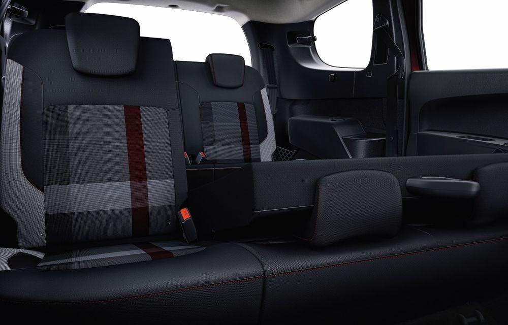 Dacia lansează ediția limitată Ultimate pentru Duster, Logan și modelele din familia Stepway: culori noi pentru caroserie și pachet generos de dotări în varianta standard - Poza 16