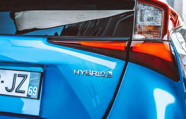 Toyota Prius facelift vine în premieră europeană la Geneva: tracțiunea integrală AWD-i este disponibilă opțional - Poza 13