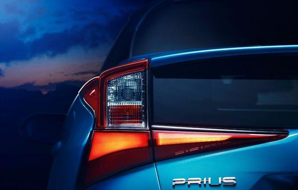 Toyota Prius facelift vine în premieră europeană la Geneva: tracțiunea integrală AWD-i este disponibilă opțional - Poza 12
