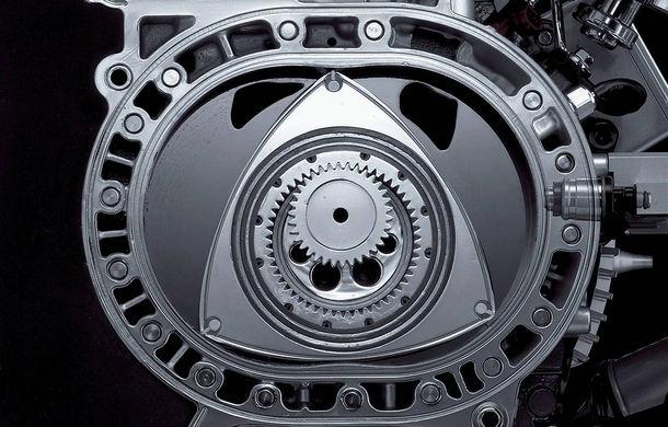 Motive de bucurie în rândul fanilor Mazda: producătorul nipon ar putea lansa un hibrid cu motor rotativ - Poza 1