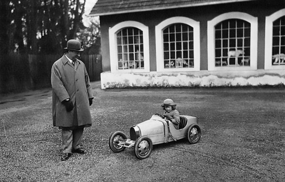 Bugatti lansează Baby II: vehiculul electric de mici dimensiuni are roți motrice spate, dezvoltă 13 CP și este inspirat de legendarul Type 35. - Poza 11