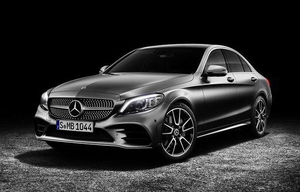 Viitorul Mercedes-Benz Clasa C, spionat în timpul testelor: modelul de segment mediu va fi prezentat în 2020 - Poza 1