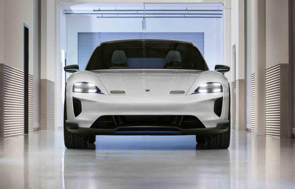 Porsche Taycan Cross Turismo intră în producție în 2020: modelul electric va sosi la doar un an după sportiva Taycan - Poza 1