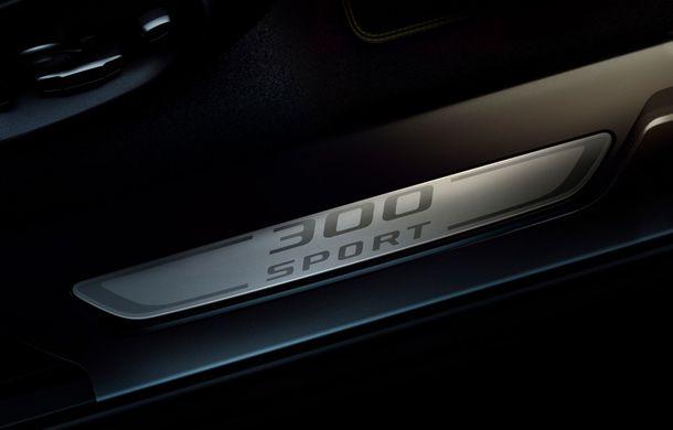 Ediții speciale pentru Jaguar F-Pace: SUV-ul britanic poate fi comandat în versiunile 300 Sport și Chequered Flag - Poza 4