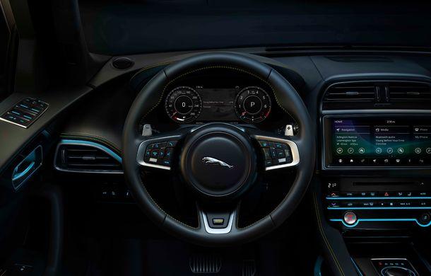 Ediții speciale pentru Jaguar F-Pace: SUV-ul britanic poate fi comandat în versiunile 300 Sport și Chequered Flag - Poza 6