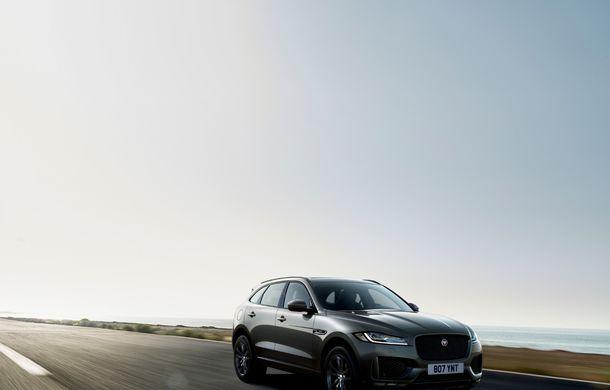 Ediții speciale pentru Jaguar F-Pace: SUV-ul britanic poate fi comandat în versiunile 300 Sport și Chequered Flag - Poza 9