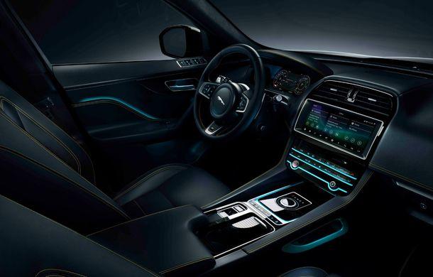 Ediții speciale pentru Jaguar F-Pace: SUV-ul britanic poate fi comandat în versiunile 300 Sport și Chequered Flag - Poza 5