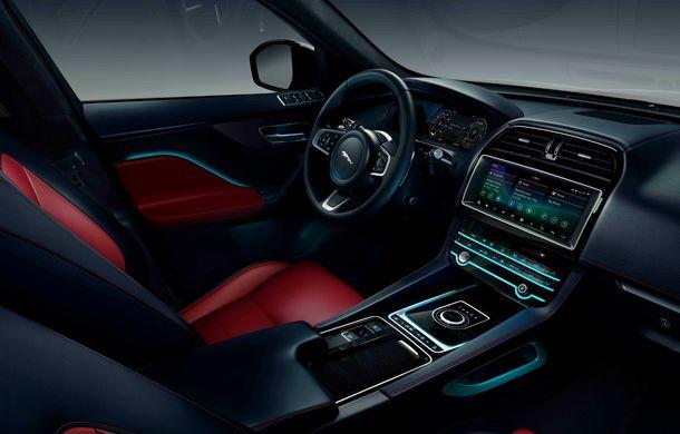 Ediții speciale pentru Jaguar F-Pace: SUV-ul britanic poate fi comandat în versiunile 300 Sport și Chequered Flag - Poza 12