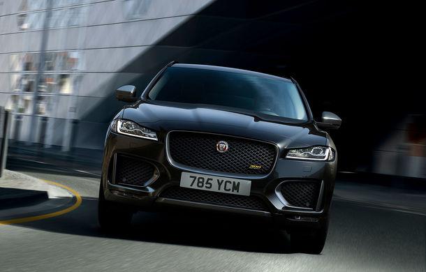 Ediții speciale pentru Jaguar F-Pace: SUV-ul britanic poate fi comandat în versiunile 300 Sport și Chequered Flag - Poza 1