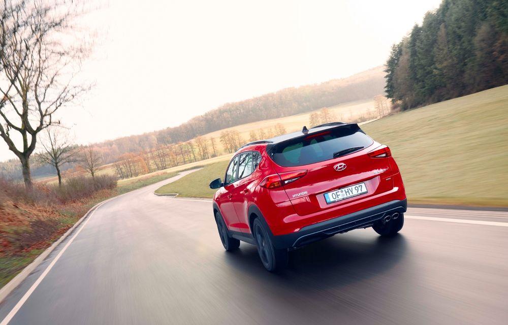 Hyundai prezintă versiunea Tucson N Line: motor diesel de 1.6 litri cu sistem mild-hybrid, aspect sportiv și suspensii mai rigide - Poza 10