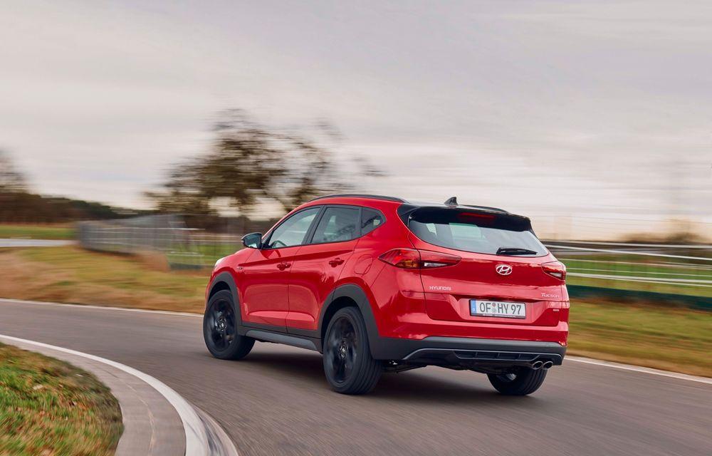 Hyundai prezintă versiunea Tucson N Line: motor diesel de 1.6 litri cu sistem mild-hybrid, aspect sportiv și suspensii mai rigide - Poza 13