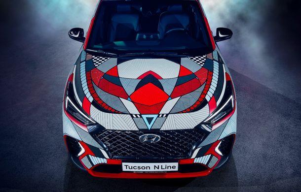 Hyundai promovează noul Tucson N Line într-un mod special: un exemplar a fost transformat în Art Car - Poza 4