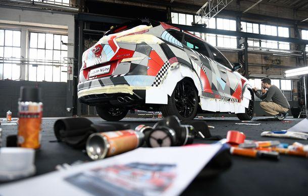 Hyundai promovează noul Tucson N Line într-un mod special: un exemplar a fost transformat în Art Car - Poza 19