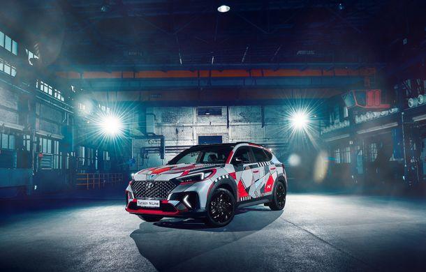 Hyundai promovează noul Tucson N Line într-un mod special: un exemplar a fost transformat în Art Car - Poza 3