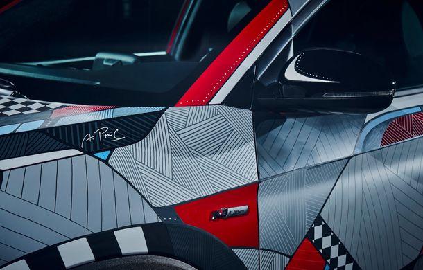 Hyundai promovează noul Tucson N Line într-un mod special: un exemplar a fost transformat în Art Car - Poza 11