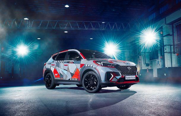 Hyundai promovează noul Tucson N Line într-un mod special: un exemplar a fost transformat în Art Car - Poza 2