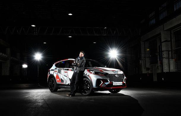 Hyundai promovează noul Tucson N Line într-un mod special: un exemplar a fost transformat în Art Car - Poza 24